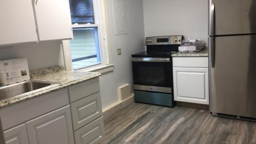 west leb - kitchen