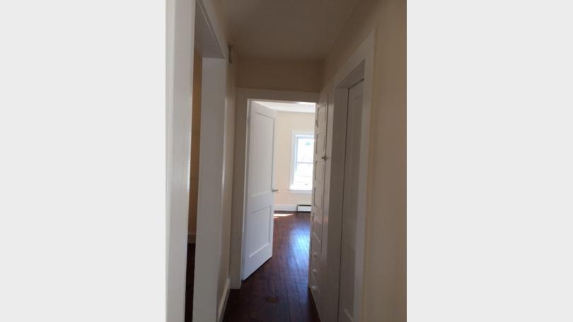 Hallway_Apt1