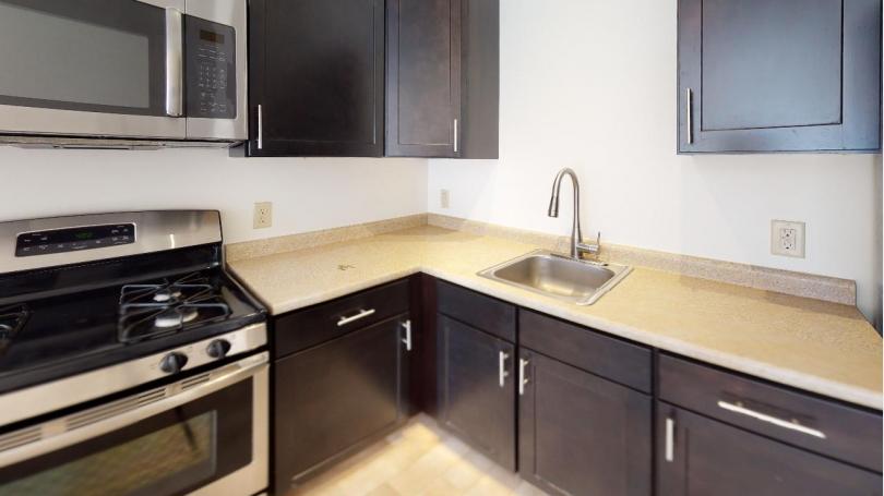75-211 Kitchen