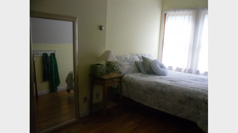 This ia a photo of a bedroom.