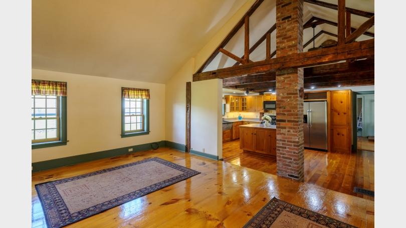 Great Room looking toward kitchen