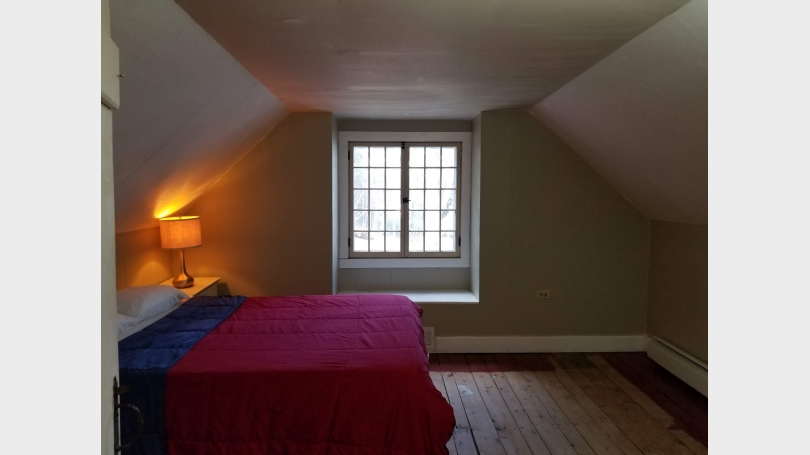 Picture of the bedroom space of a Month-to-Month space available for rent in Norwich