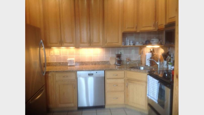 kitchen,adjacent to living room
