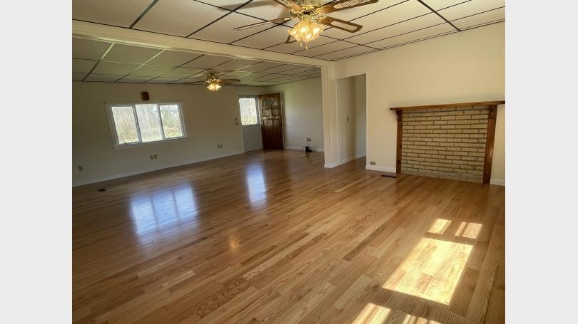 Merrill Brook House living room
