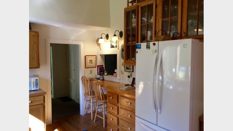 Country kitchen with breakfast counter