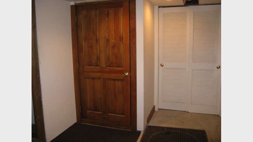 entry fromm mudroom
