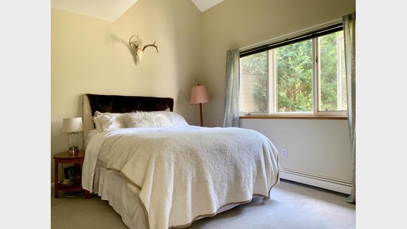 Sycamore - master bedroom