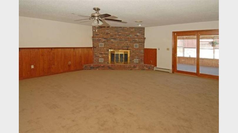 Living room big