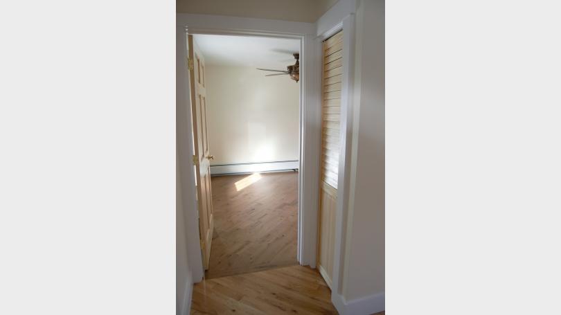 livingroom_towards_bedroom