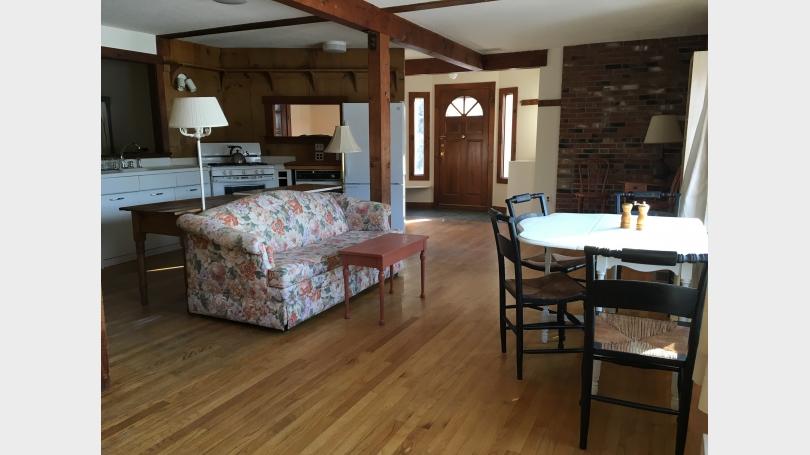Dining room, Front Door, Mudroom