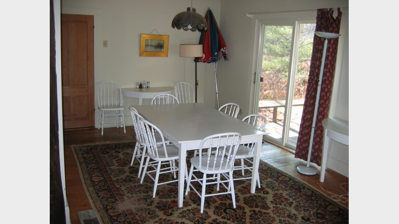 Dining area--deck
