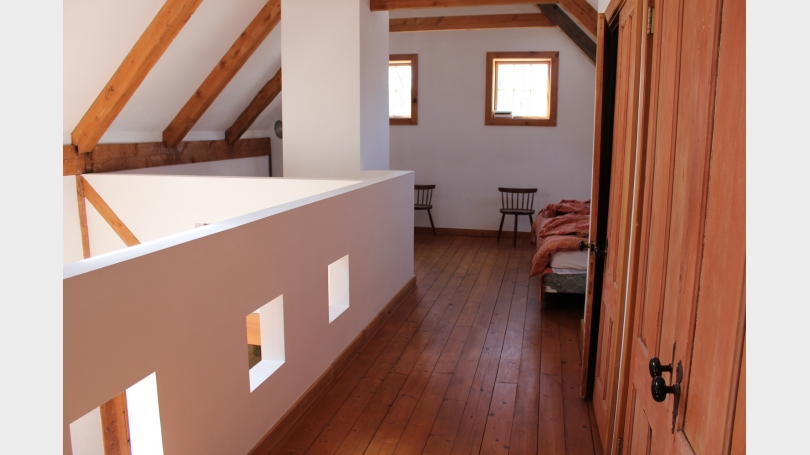 upstairs with closet